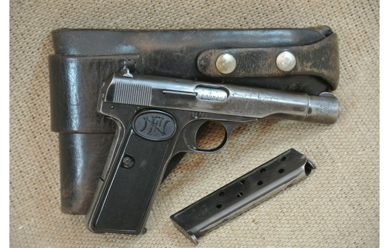 Halbautomatische Pistole, FN 1910/22 ,  Kal. 7,65 Browning.
