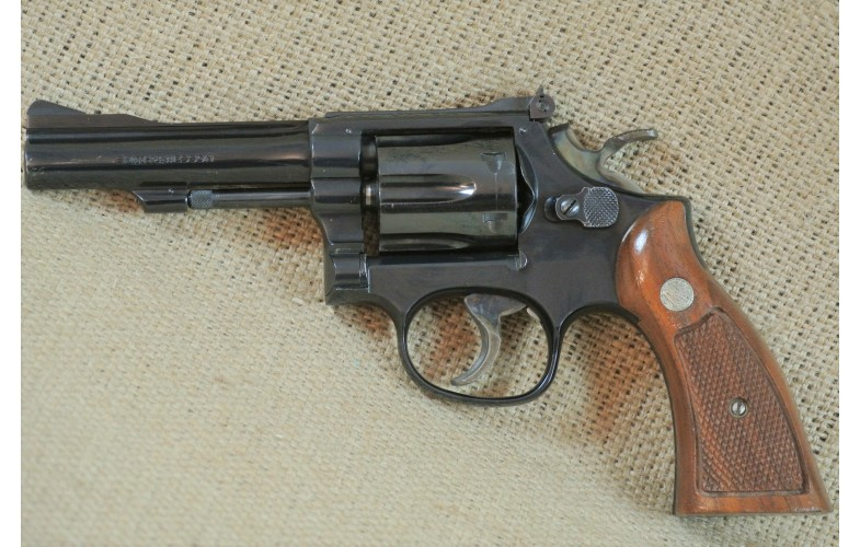 Revolver Smith & Wesson Mod. 18-4, 4 Zoll, Kal.  .22lr.