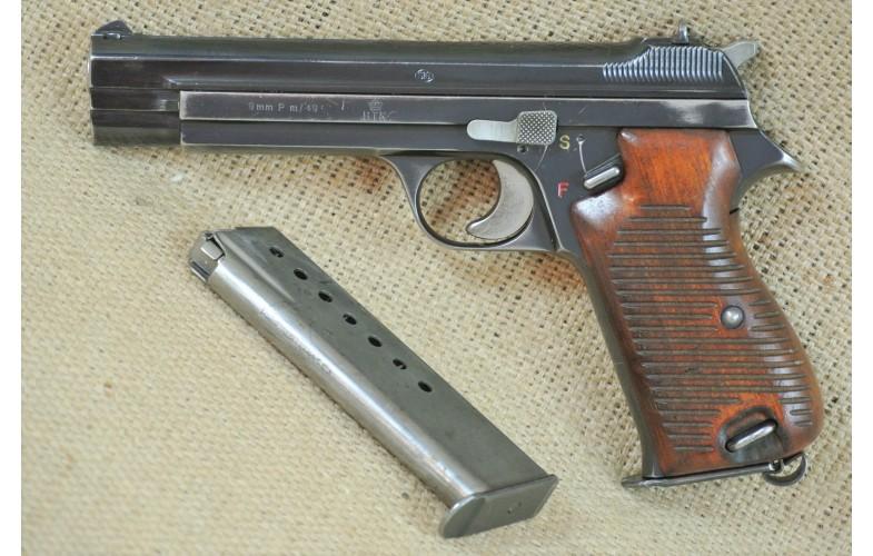 """"""" VERKAUFT """" Halbautomatische Pistole, SIG Mod. P 210-M49, Kal. 9 mm Luger."""