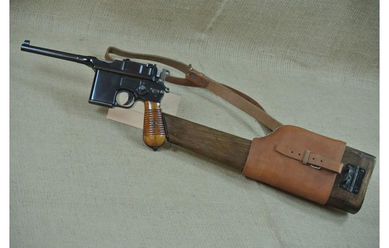 """ VERKAUFT ""  Halbautomatische Pistole, Mauser Mod. C 96 - 712,  Kal. 7,63 mm Mauser inkl. Anschlagkasten (Repro)"