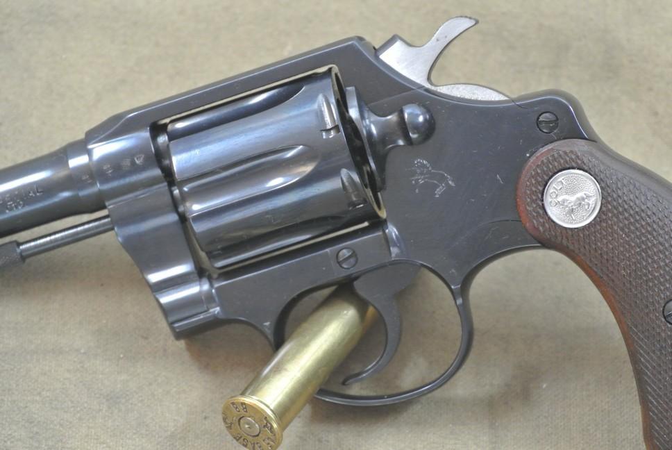 verkauft colt revolver mod detective kal 38. Black Bedroom Furniture Sets. Home Design Ideas