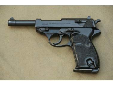Halbautomatische Pistole, Walther Mod. P 1 ,  Kal. 9mm Luger.
